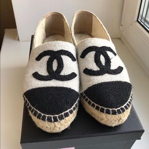 Chanel espadrilles sz 38 black and silver